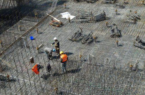 wybór-ekipy-budowlanej