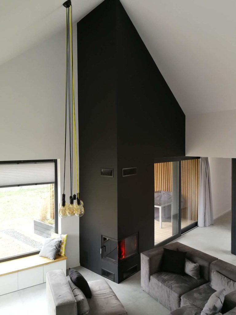 kominek w domu
