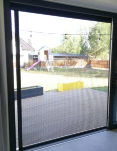 moskitiera w oknie HS