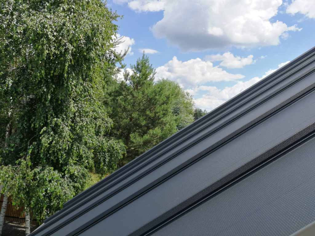 blacha na dachu